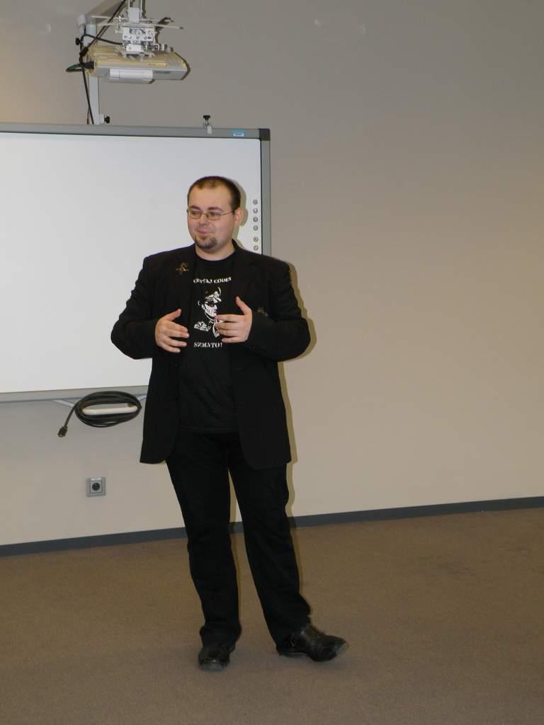 Prowadzący prelekcje